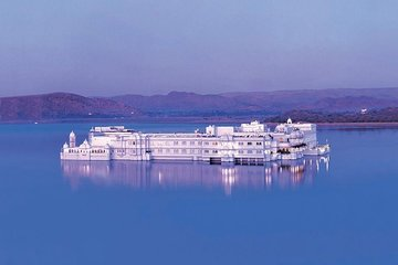 Private 3-Day Udaipur Rajasthan Tour from Delhi By Flight