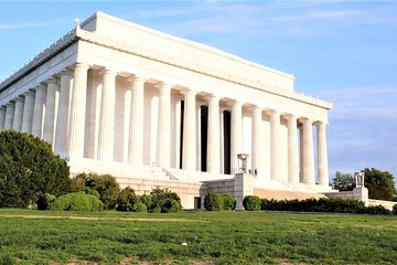 Private Day or Night SUV Tour of DC Stopping at your Wishlist of DC Sites