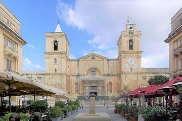 Valletta Private Tour of Must See Sites with a Native Guide