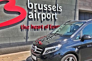 Private transfer from the center of Brussels <-> Paris Center MB V-CLASS 7 PAX