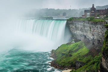 Small-Group Niagara Falls Tour