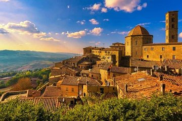 Full-Day Volterra San Gimignano Private Tour with Wine Tasting