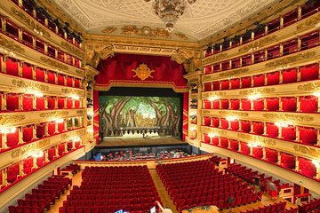 La Scala Theater guided experience