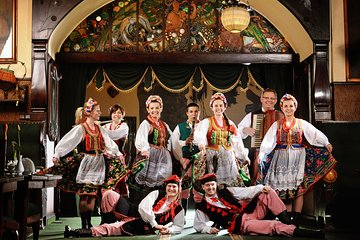 Polish Folk Show with 3 course dinner in Krakow legendary restaurant