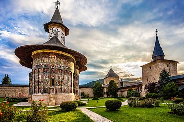 Guided Virtual Tour of Bucovina's Painted Monasteries