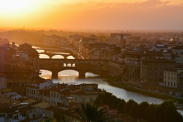 Florence at dawn: walking tour of the city and visit the Accademia Gallery
