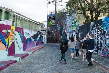 Virtual Live Tour of Sao Paulo Graffiti Hosted by Artist
