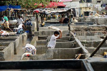 Dhobi Ghat (Open Air Laundry) with Dharavi Slum Private Tour