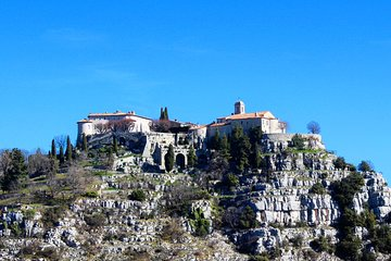 Full-Day Private Tour of Provence Towns and Medieval Villages