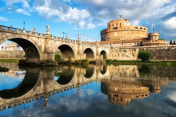 Live Stroll from Castel Sant'Angelo to the Vatican | LivWalks Rome