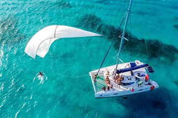 Sailing Experience to Isla Mujeres in a Catamaran with Open Bar