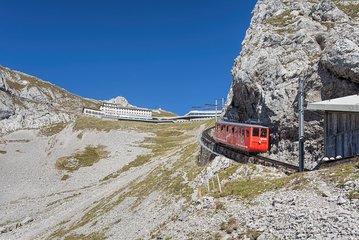 Mount Pilatus Golden Round Trip with Lake Cruise Private Tour from Luzern