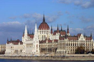 Parliament & Grand City Tour