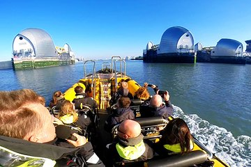 PRIVATE THAMES BARRIER BUBBLE EXPERIENCE TO/FROM EMBANKMENT PIER - 75 minutes