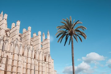 The Legends of Palma: History, Legends and Tradition