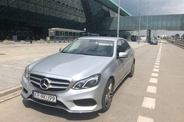 Krakow Airport Private VIP Round-trip Transfer by Mercedes Limousine