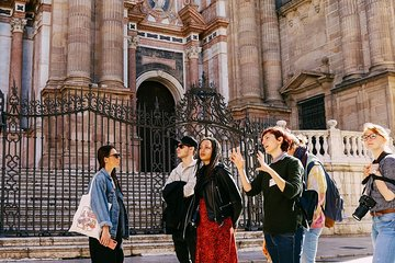 Málaga Flamenco and City Highlights Guided Tour - by Oh My Good Guide!