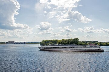 12-Day River Cruise Tour from Moscow to Saint Petersburg