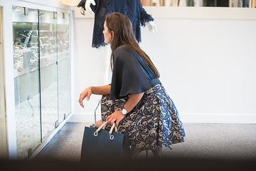 Toronto Local Fashion Designers Shopping Tour with a Stylist