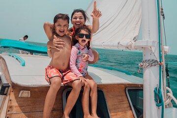 Mexico Rocks Snorkel Tour on the 40' Sirena Azul Sailboat