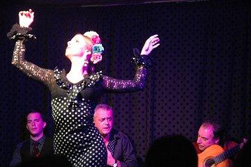 Skip the Line: Tablao Flamenco Pura Esencia Ticket