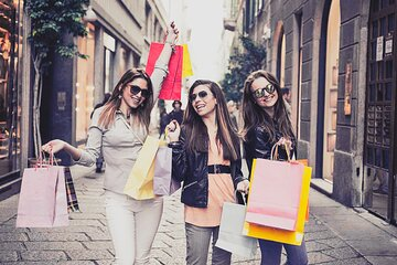 Private Milan Fashion Tour - Navigli District, Canals & Artisan Boutiques