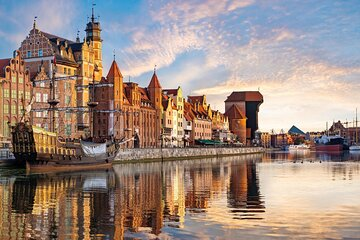 Gdansk and Malbork Castle Private Tour from Warsaw with Lunch