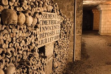 Catacombs of Paris Semi-Private VIP Restricted Access Tour