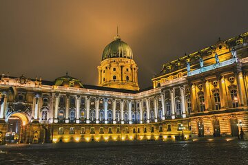 Private Photography Tour in Budapest with Professional Guide and Photographer