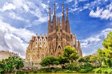 Gaudi and Modernism - Private Virtual Live Experience