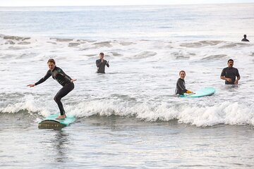 Private Couple Surf Lesson with Local Coach in Los Angeles