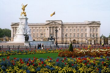 Buckingham Palace and Windsor Castle with lunch