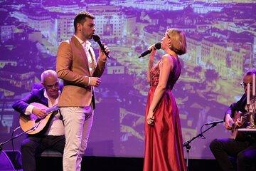 Skip the Line: Live Fado Show Ticket in Lisbon: 'Fado in Chiado'