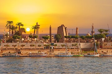 4 Nights Cruise Luxor, Aswan, Abu simbel, Balloon,and Tours By Bus From Hurghada