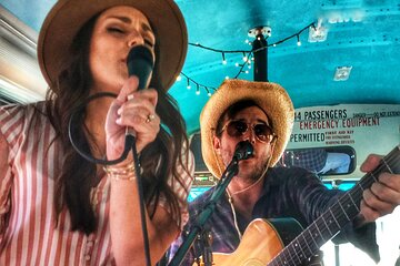 Austin Food Tour by Bus with Live Band On Board