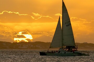 2 Hour Champagne Sunset Cruise (Adult Only) from Grace Bay, Providenciales