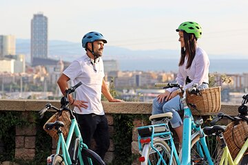 Olympic Barcelona: E-bike Guided Tour with Sailing
