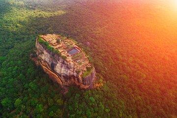 2 Days Tour to Kandy & Sigiriya from Colombo