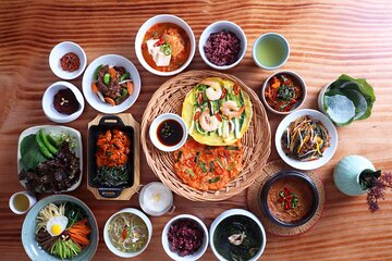 Traditional Cooking Experience in Korean Style House in Seoul