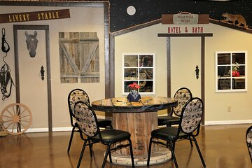 Guest Artists Chuck Wagon Dinner Show in Henderson