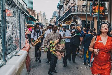 New Orleans Drink and Music Tour: From Cocktails to Jazz