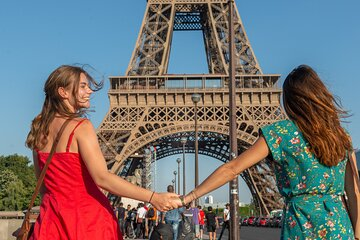 Paris in One Day with Louvre and Eiffel Tower Guided Tour plus Seine Cruise