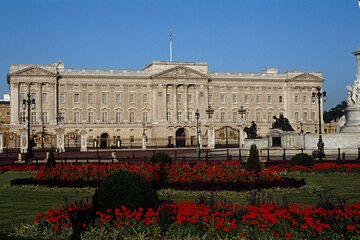 The Garden at Buckingham Palace with Royal Walking Tour, Optional Picnic Lunch