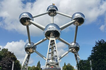 Skip-the-Line Atomium Ticket with Self-Guided Audio Tour