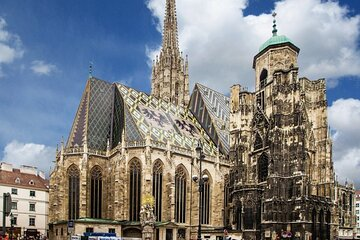 The Best of Vienna Private Walking Tour + St Stephen's Cathedral and Catacombs