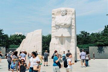 "Washington DC ""Monuments By Morning"" Tour"