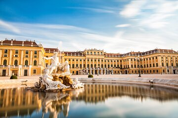 Vienna Family Tour to Schonbrunn Palace & ZOO with Transport
