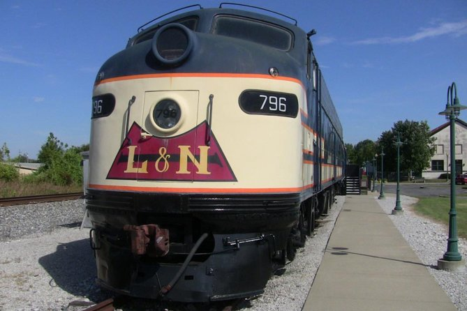 Skip the Line: Historic RailPark and Train Museum Ticket with Guided Tour