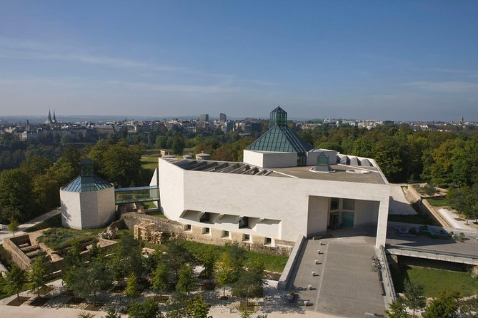 Skip the Line: Modern Art Museum Luxembourg (MUDAM) Entrance Ticket