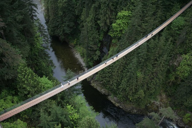 Skip the Line:Capilano Suspension Bridge Park Ticket w/Shuttle from Vancouver